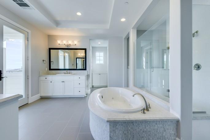 Bathroom Flooring   Elite Builder Services