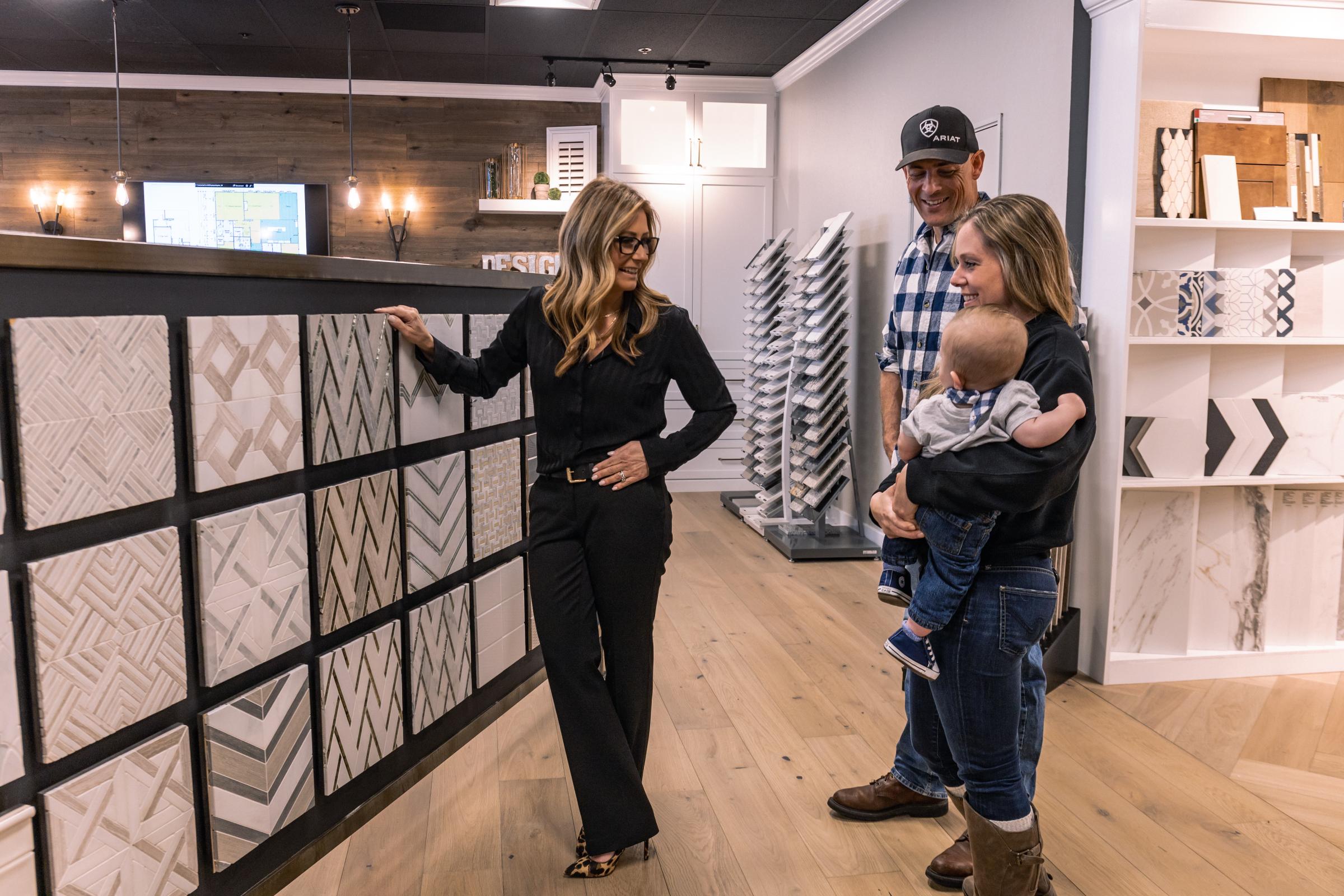 Julie & Customers at showroom   Elite Builder Services