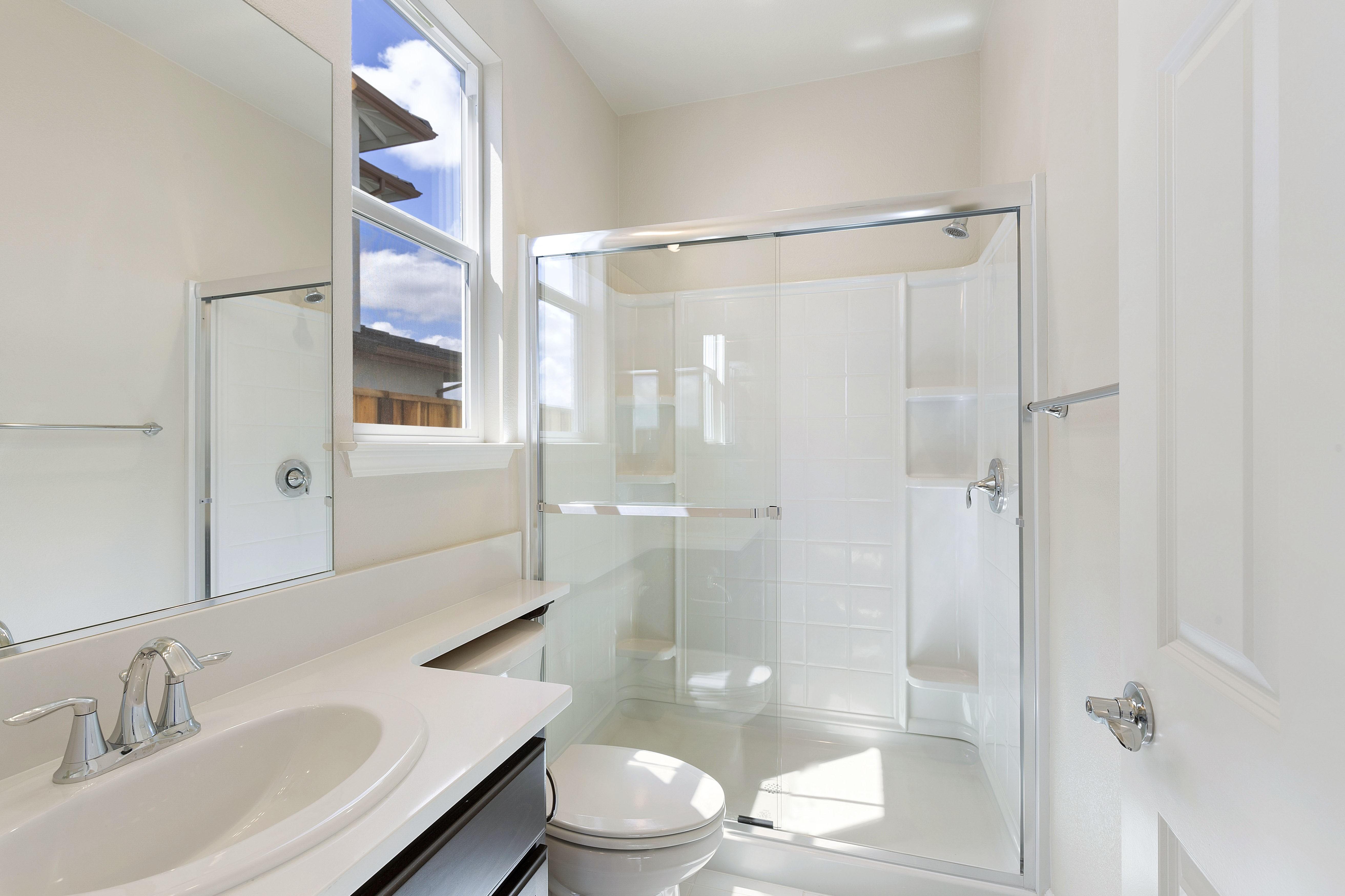 Shower tiles   Elite Builder Services