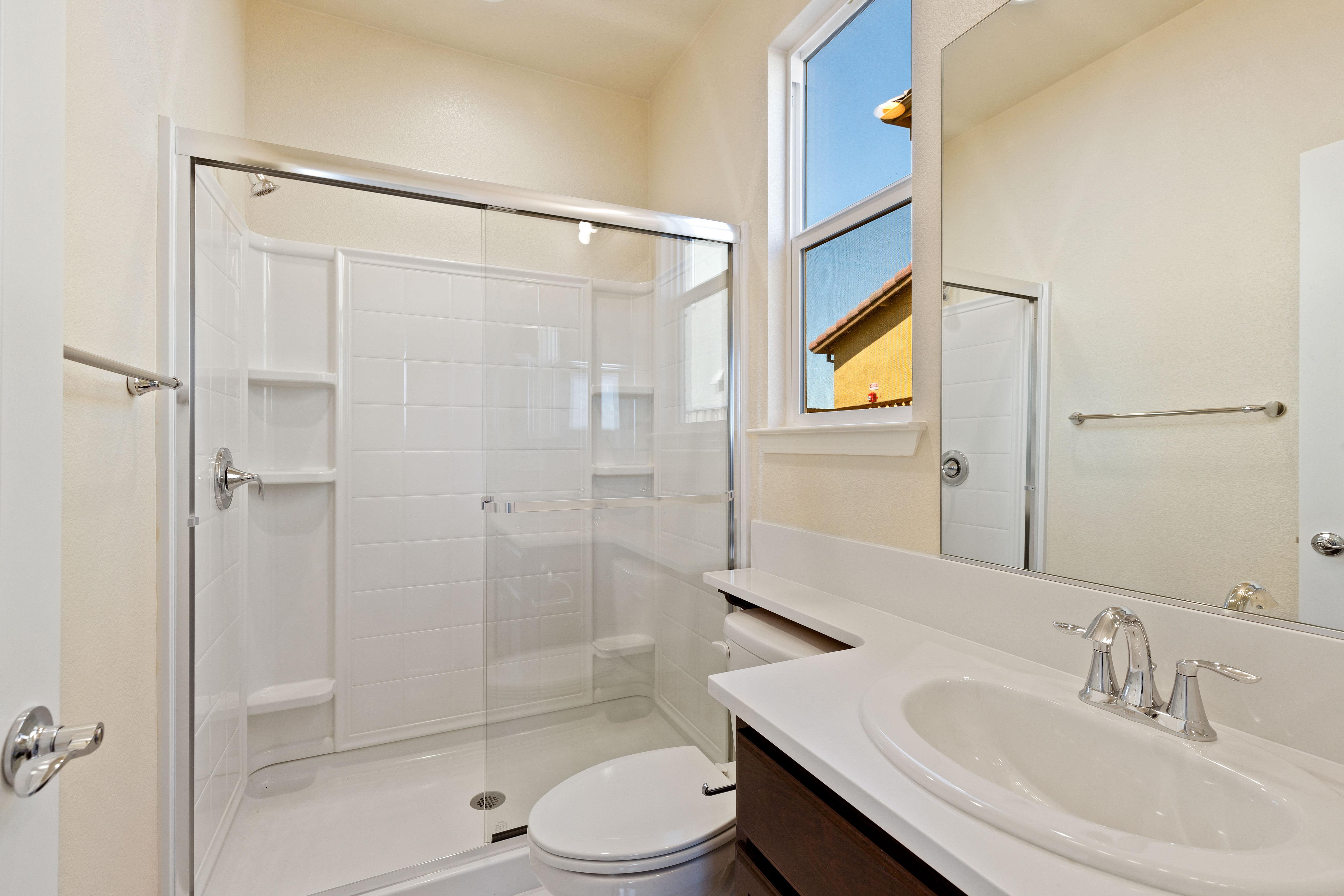 Shower room tiles   Elite Builder Services