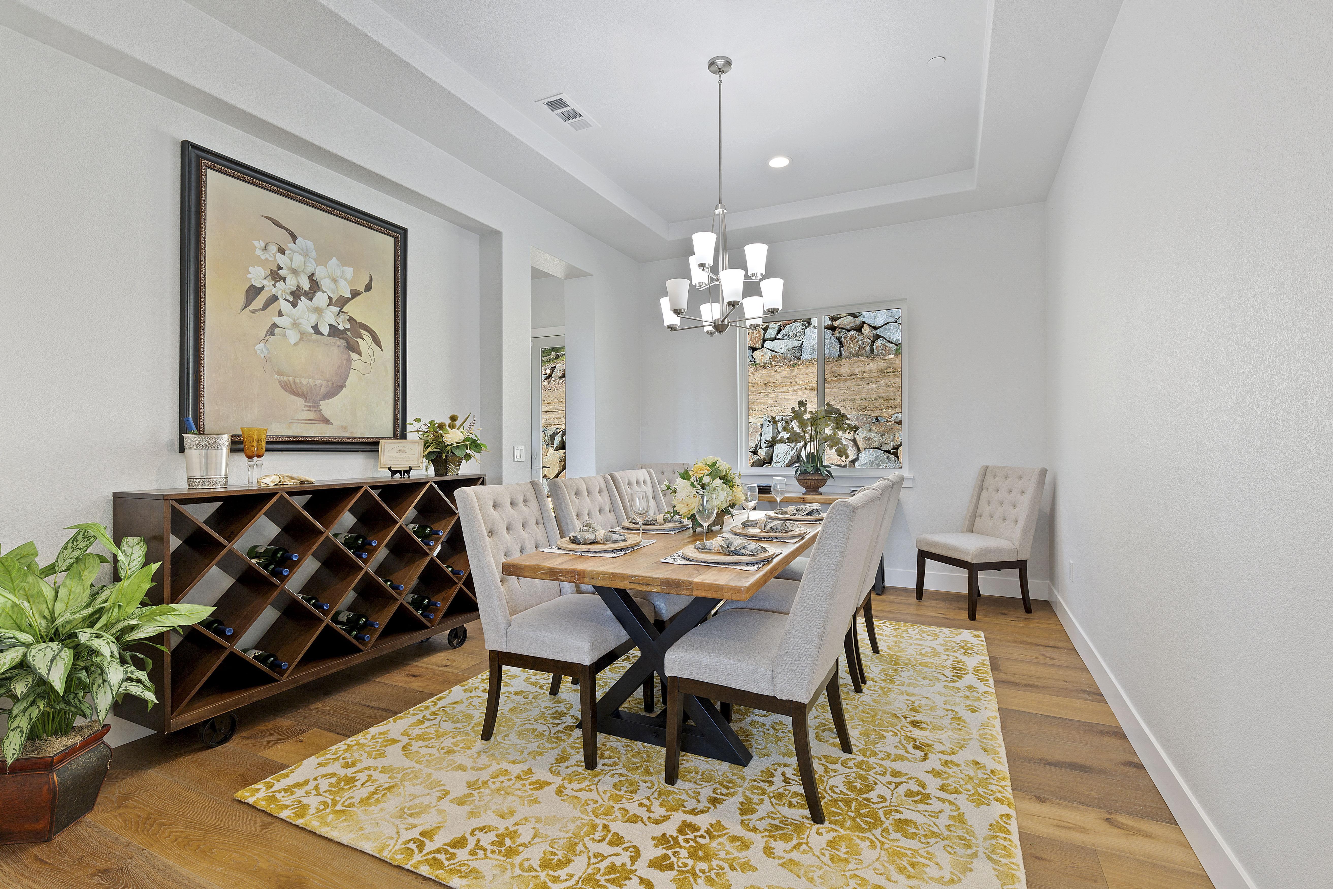 Vinyl flooring for dining room   Elite Builder Services
