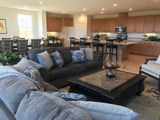 Modern living room flooring   Elite Builder Services