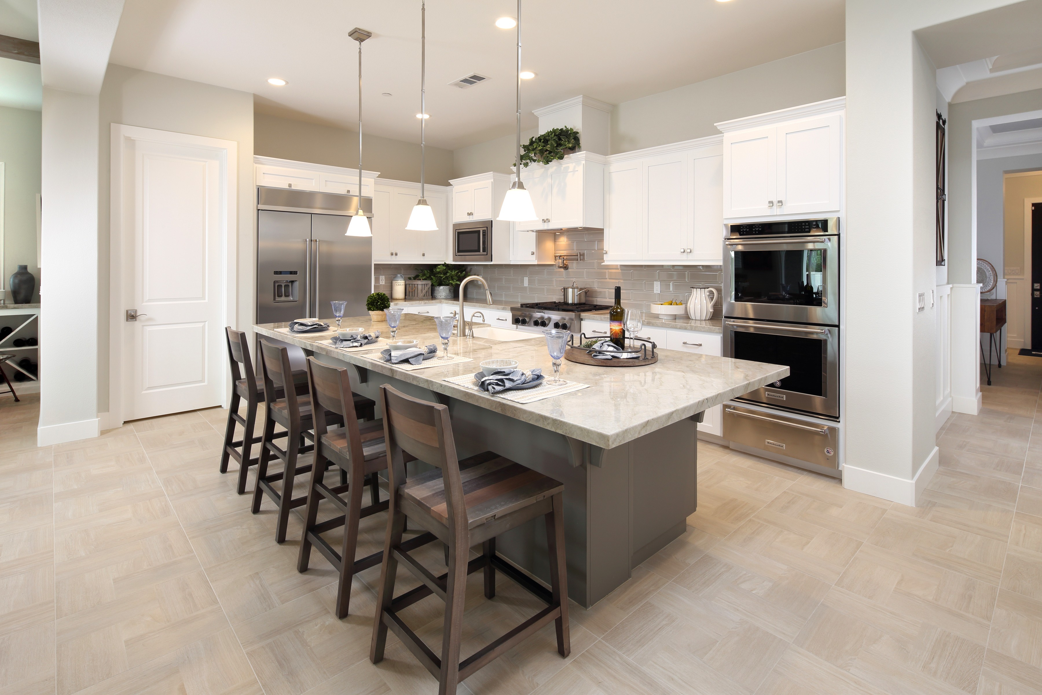 Cabinets and countertop   Elite Builder Services