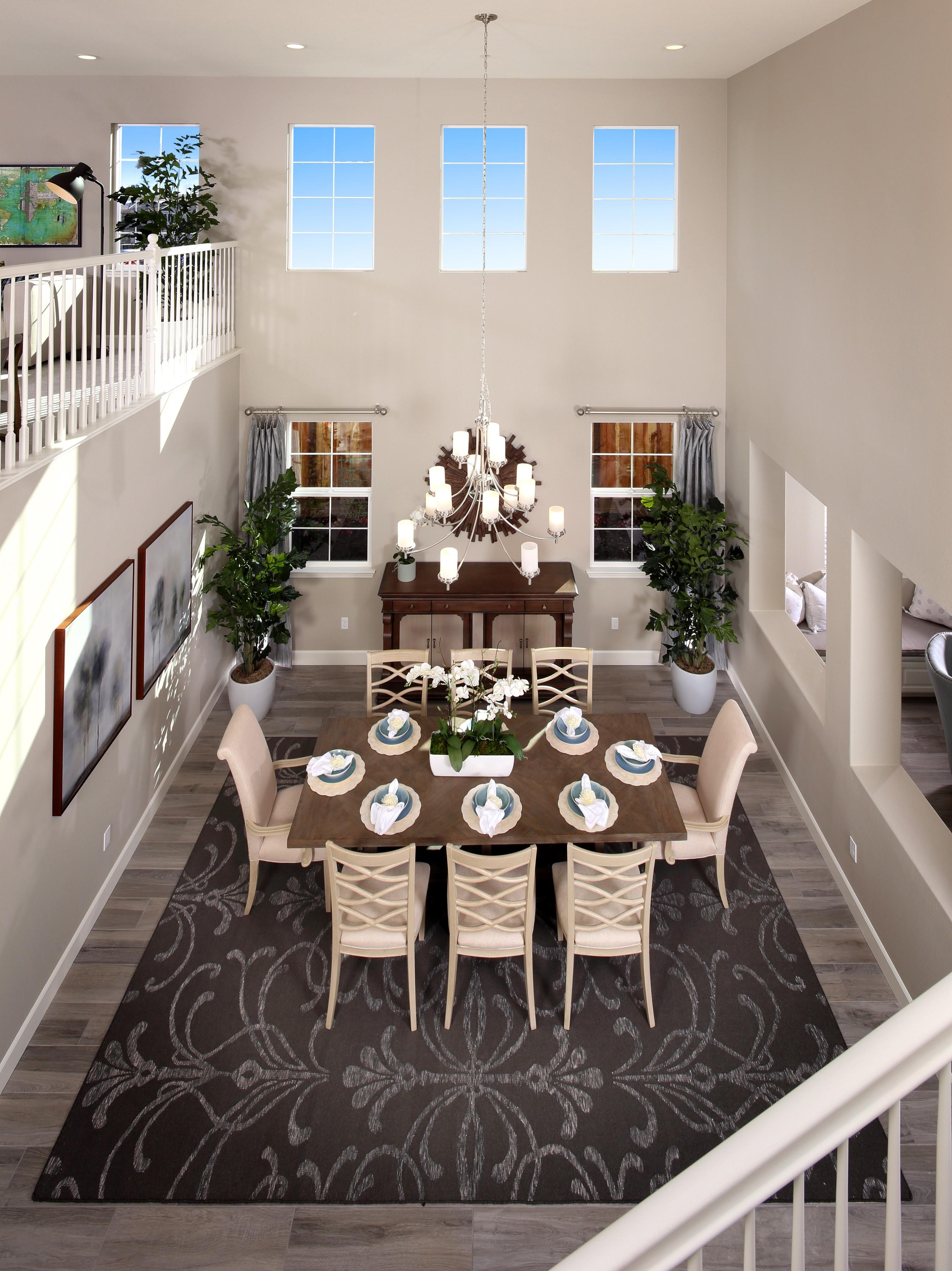 Dining room interior   Elite Builder Services