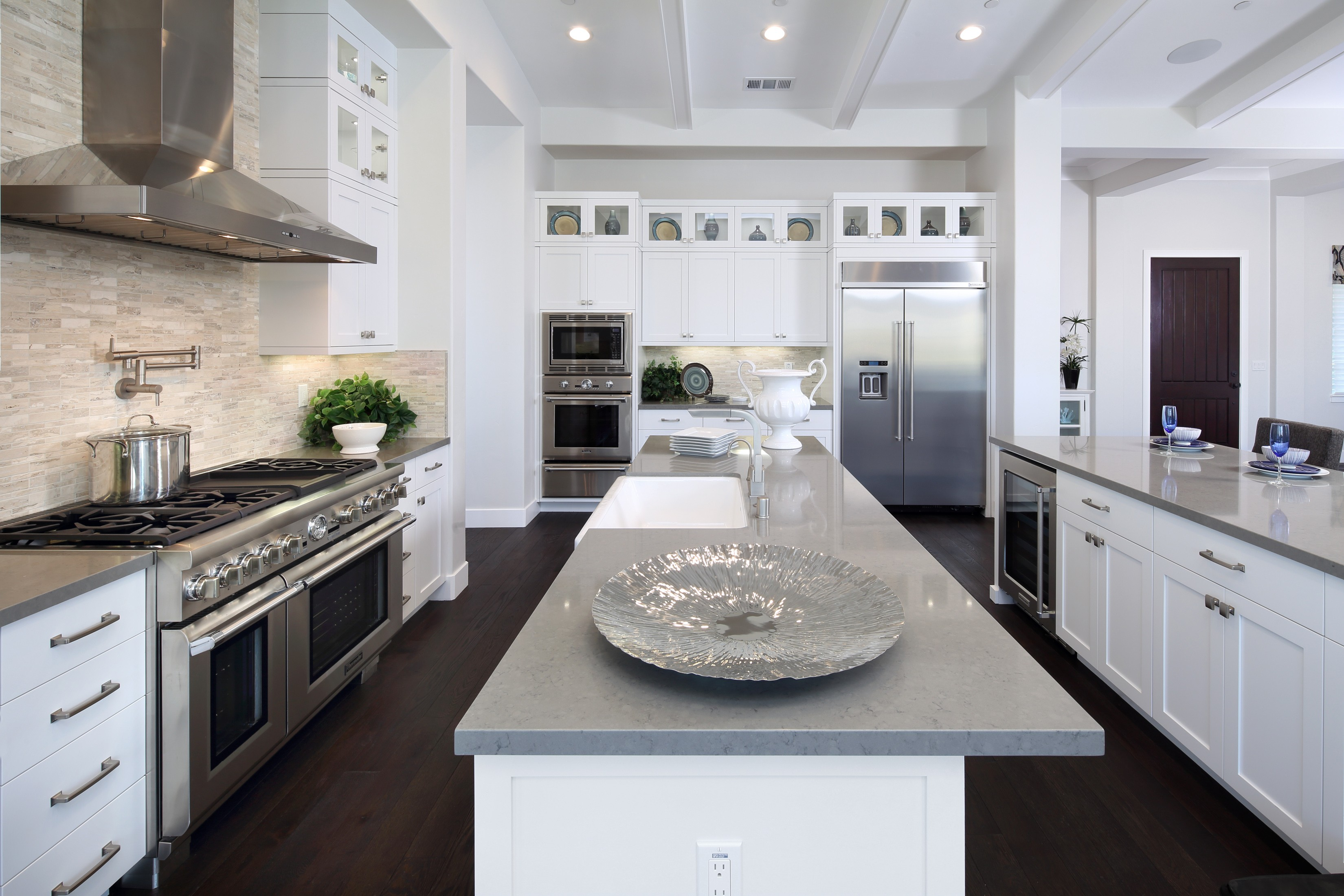 Kitchen Cabinets and countertops   Elite Builder Services